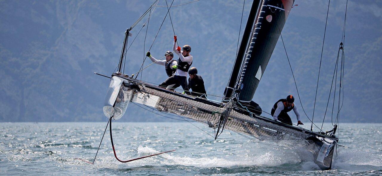 GC32 Action on lake Traunsee (Austria)